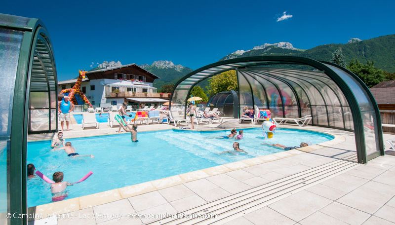 Camping lac annecy piscines et activit s for Piscines couvertes