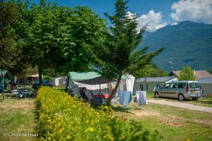images/diaporamas/camping/thumbs/emplacement-camping-annecy.jpg