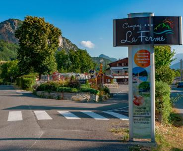 entree camping annecy